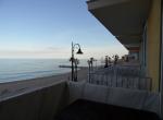 Terrazzo-fronte-mare-3-min