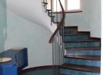 U-first-floor-stairs